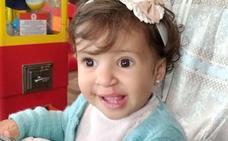 Una familia de Motril inicia una campaña de recogida de fondos para operar a su hija de 15 meses