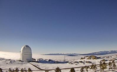 Calar Alto estudia una galaxia que emite luz similar a la primera generación