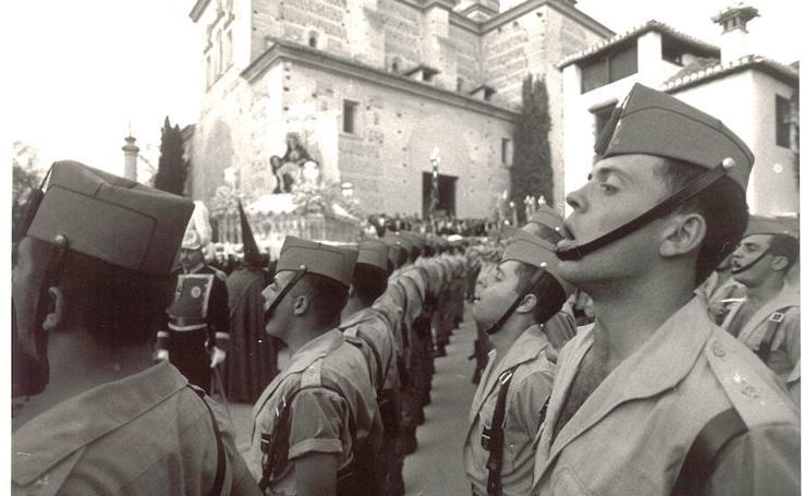 La Legión en la Semana Santa de Granada
