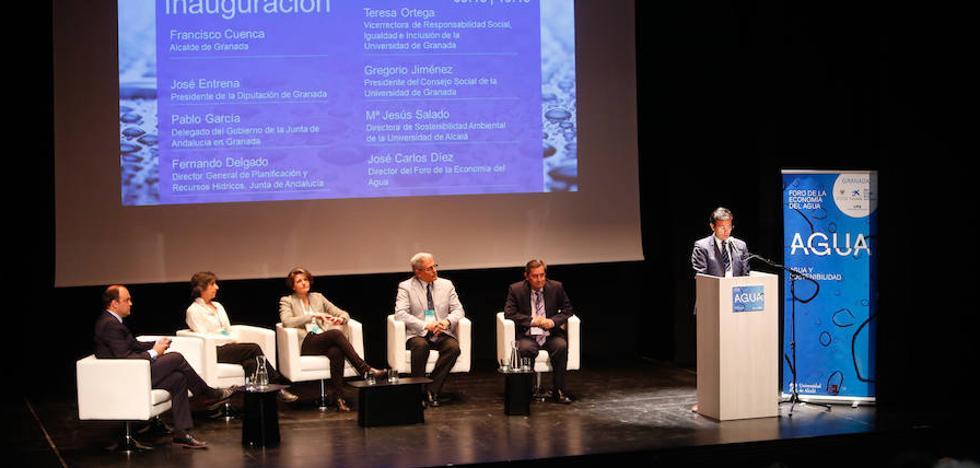 Paco Cuenca: «El reto que tenemos es que nuestros hijos disfruten del agua»