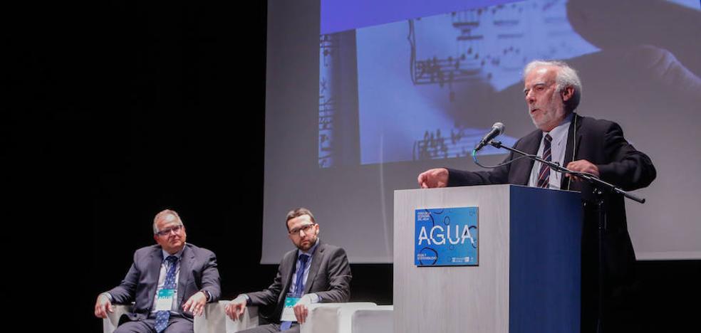 Estanislao Arana: «El agua cuenta con un sistema muy complejo de responsabilidades compartidas»