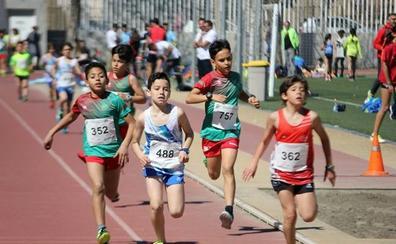 El club de Atarfe crea la primera escuela de triatlón de la provincia