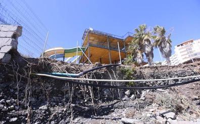 El temporal asesta un bocado a cuatro playas de Almuñécar