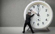 Así afectaría eliminar del cambio de hora a cada región de España: ¿cuándo anochecería?