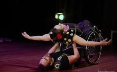 «La silla de ruedas son alas que dan libertad al baile»