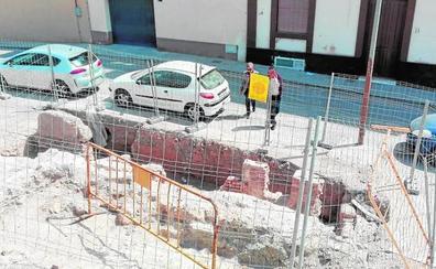 Los restos de una casa nazarí obligan a cambiar el proyecto de la calle Pósito
