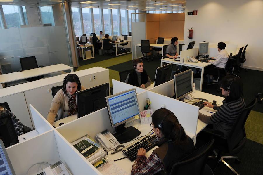 Casi 376.000 empleados hacen 3 millones de horas extra semanales no pagadas