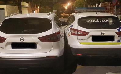 Choca contra un vehículo de la Policía Local de Albolote tras casi cuadruplicar la tasa de alcohol