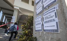 El profesor de la UGR acusado de presunto acoso por una alumna está de baja