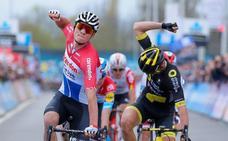 Van der Poel gana la clásica A Través de Flandes