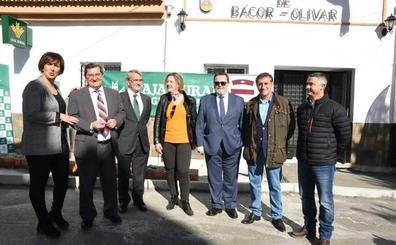 La población de Bácor-Olivar dispone de servicios bancarios por primera en su historia