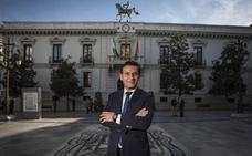 Luis Salvador: «Que nadie tenga dudas, me voy a quedar en Granada»