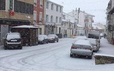 Llega el 'invierno' en primavera a la provincia con mínimas hasta bajo cero y nieve