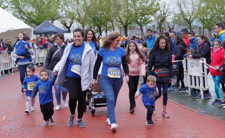 Los más pequeños disfrutan de la Carrera Azul por el autismo