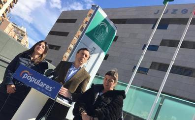 Martínez pide en los tribunales a Hernando 20.000 euros para exhumaciones y una disculpa