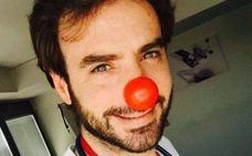 Muere el 'Capitán optimista', el pediatra que cautivó a España recetando sonrisas
