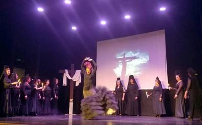Vilches da una cálida acogida a 'La Pasión', musical de Mayte Parra