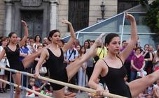 La feria de la Virgen de la Capilla, con baile, playmobil y realidad virtual