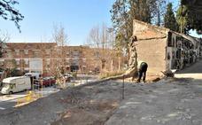 Arrancan las obras para dotar al cementerio de Lanjarón de nuevas tumbas para los próximos cuatro años