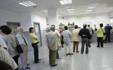 Salud anuncia que limitará a 30 pacientes al día las citas de los médicos de cabecera