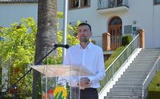 Maíllo dice en Huétor Vega que algunos «toman a electores por tontos» al hablar de toros o armas
