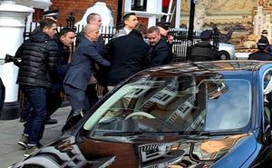 77 parlamentarios británicos reclaman prioridad al caso sueco contra Assange