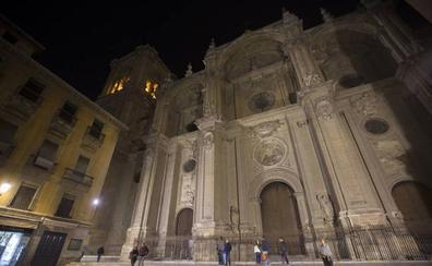 Al Ayuntamiento de Granada renovará la iluminación de la catedral