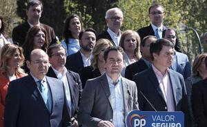 García Egea pide en Granada el voto para el PP frente a Sánchez, que consigue «aglutinar a toda la izquierda radical»