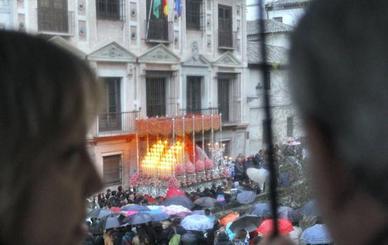 Crecen los pronósticos de lluvia en Granada desde el Miércoles Santo