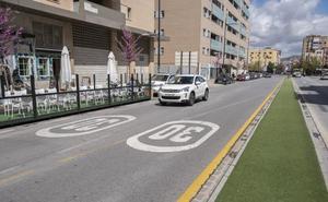 La Policía Local desmiente el bulo de que coches camuflados estén multando por ir a más de 30 km/h en Granada