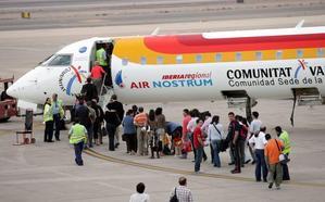 Air Nostrum mantiene los vuelos Almería-Sevilla en su primer día de huelga