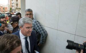 El juez del caso Matinsreg lleva al borde del banquillo el ex alcalde, García Anguita y Del Moral