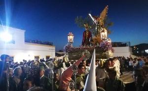 El Huerto recorre Almuñécar acompañado por la Legión