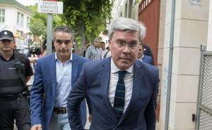 El juez del caso Matinsreg deja al borde del banquillo al exalcalde y a García Anguita