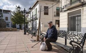 La Junta abordará la soledad de los mayores y el envejecimiento de la población andaluza en un plan estratégico