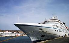 Los cruceristas del velero Wind Star conocerán el Jueves Santo de Almería