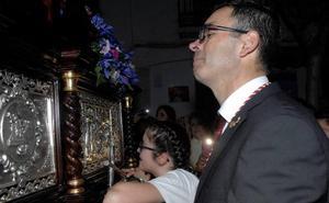 La lluvia acorta la procesión del Miércoles Santo en Lanjarón