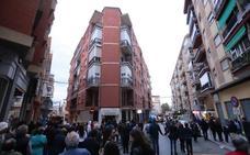 El incendio en un piso cercano al recorrido de la procesión provoca un revuelo en el centro de Motril