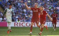 Wijlnaldum y Milner sostienen al Liverpool en el liderato