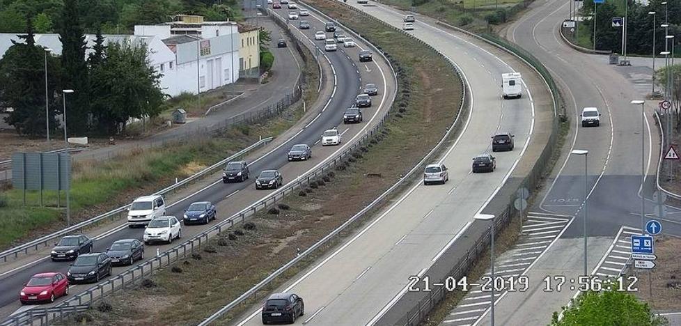 La DGT pide ya desde Málaga que se evite Jaén y se vaya por Córdoba a Madrid por las retenciones