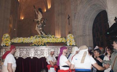 El Resucitado se despide en la Catedral