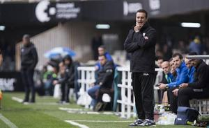 Manolo Ruiz, destituido como técnico del CD El Ejido
