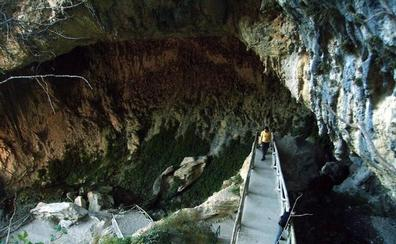 La Cueva del Agua de Tíscar, al fin Monumento Natural de Andalucía y séptimo de Jaén
