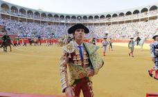 José Tomás bate un nuevo récord en Granada y agota los abonos