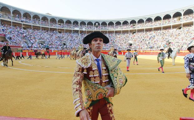 José Tomás, en la plaza de toros de Granada/G. MOLERO