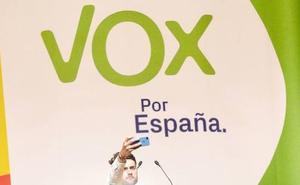 Vox presenta al abogado Joaquín Pérez de la Blanca a la Alcaldía de Almería capital