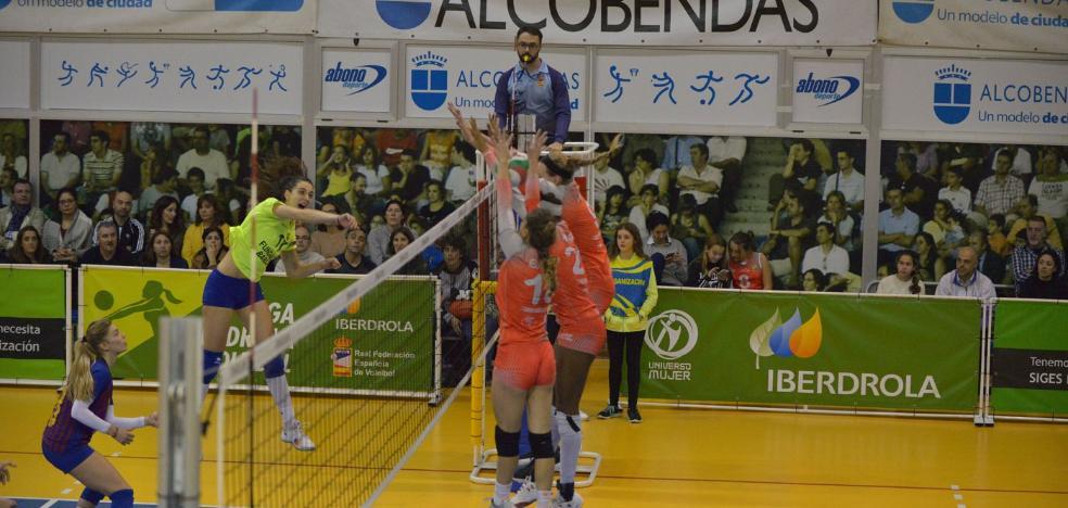 La almeriense Ana Escamilla, considerada la mejor jugadora de la Superliga Iberdrola