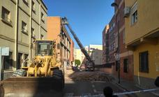 La zona del edificio de Almería derruido, en fotos