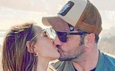 Bustamante confirma su relación con Yana