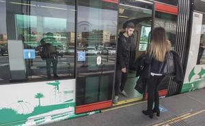 Fomento evalúa una futura ampliación «rigurosa y seria» del Metro de Granada